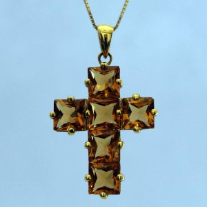 Cross in 18K yellow gold with citrine