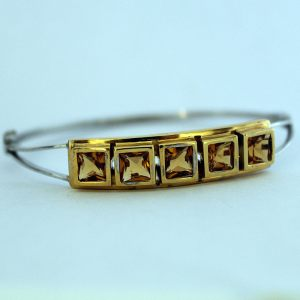 Bracelet in 18K white gold with citrine